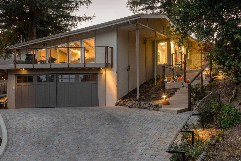 $2,949,000 - 3Br/3Ba -  for Sale in Portola Valley