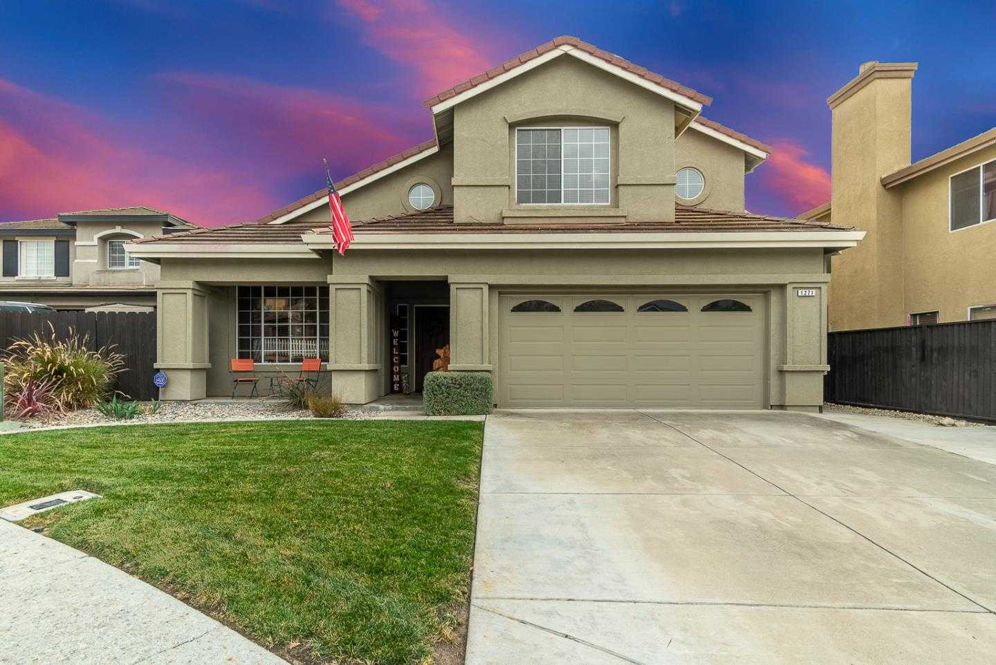 $749,000 - 4Br/3Ba -  for Sale in Hollister