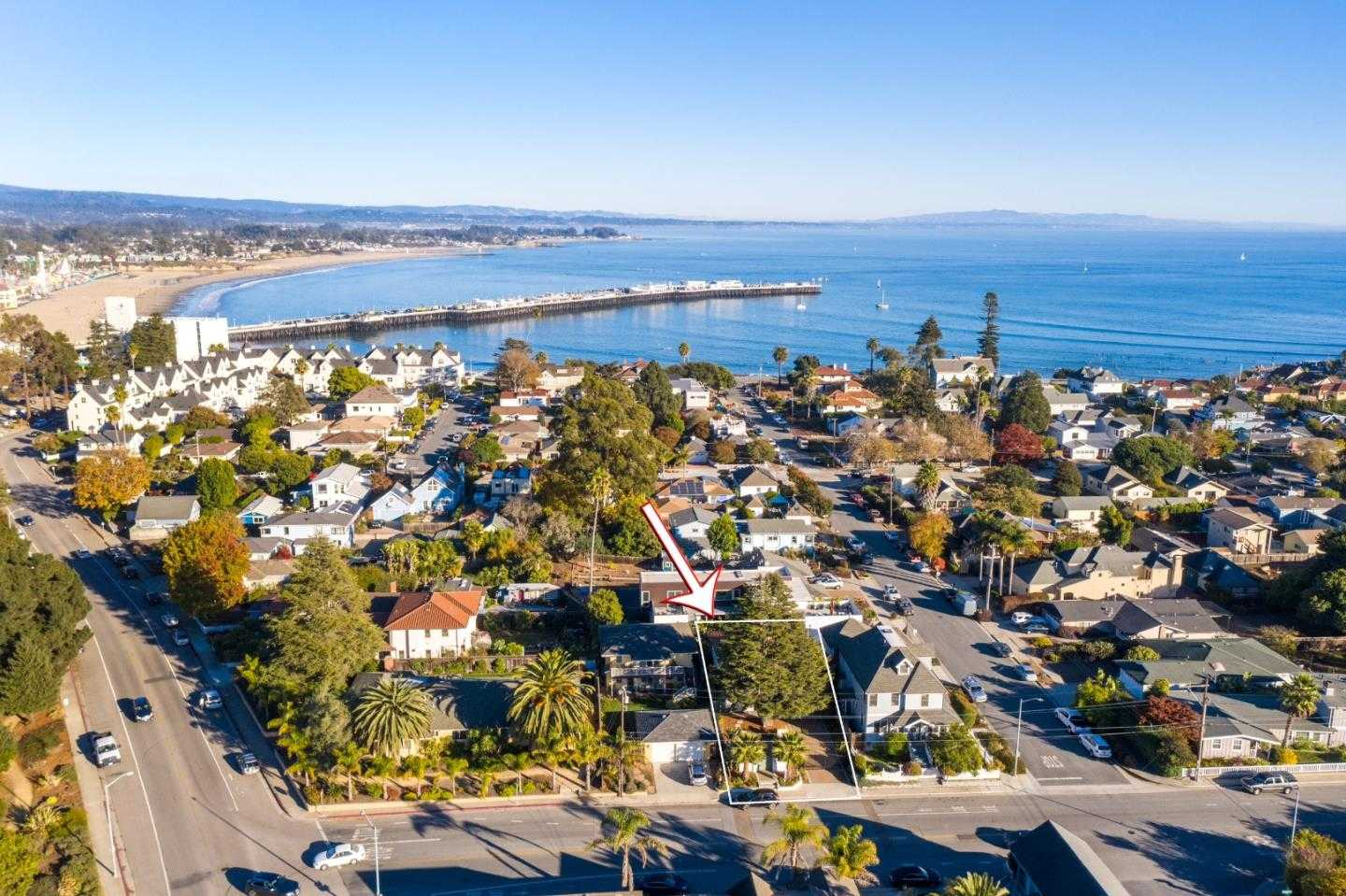 $1,749,000 - 3Br/3Ba -  for Sale in Santa Cruz