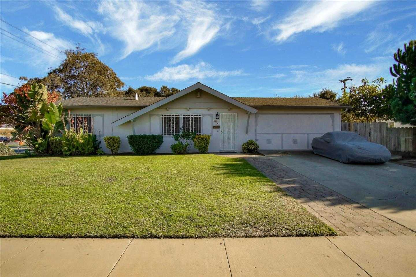 $519,900 - 3Br/2Ba -  for Sale in Salinas