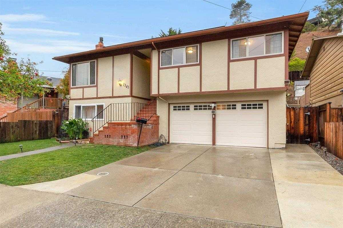 $1,295,000 - 3Br/2Ba -  for Sale in Pacifica