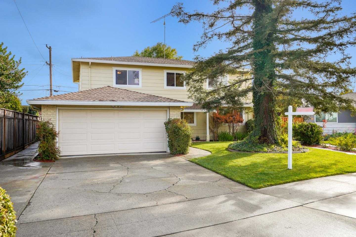$1,850,000 - 5Br/3Ba -  for Sale in San Jose