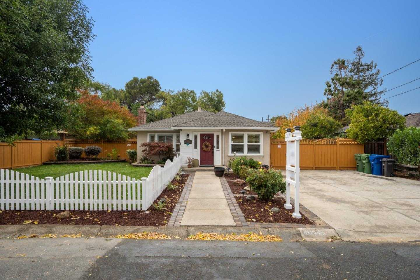 $1,550,000 - 4Br/2Ba -  for Sale in Campbell