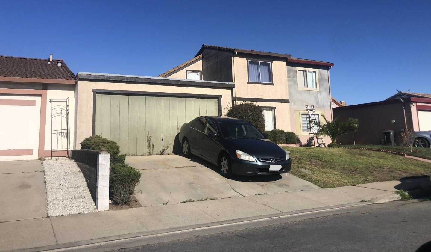 $459,900 - 3Br/2Ba -  for Sale in Salinas