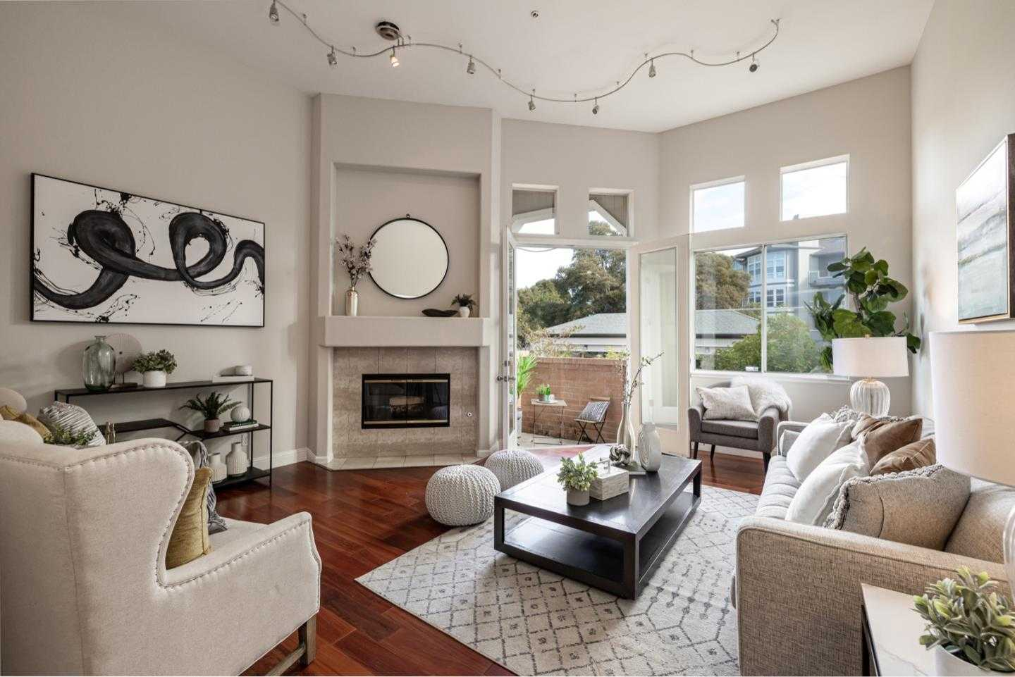 $1,090,000 - 2Br/3Ba -  for Sale in Foster City