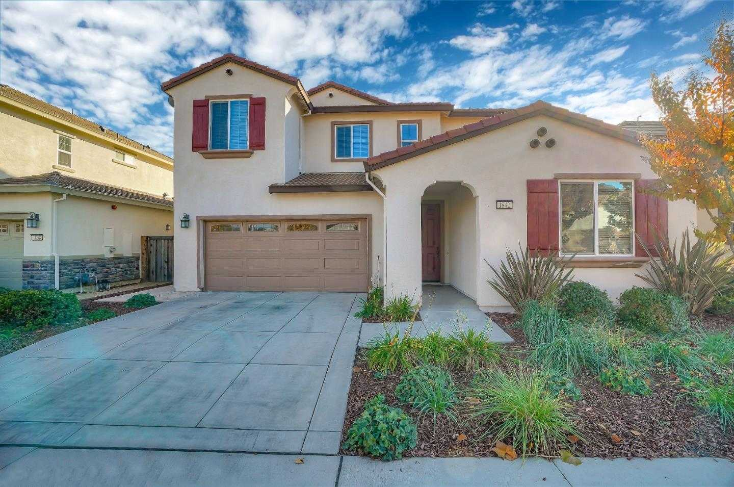 $1,040,000 - 5Br/5Ba -  for Sale in Gilroy