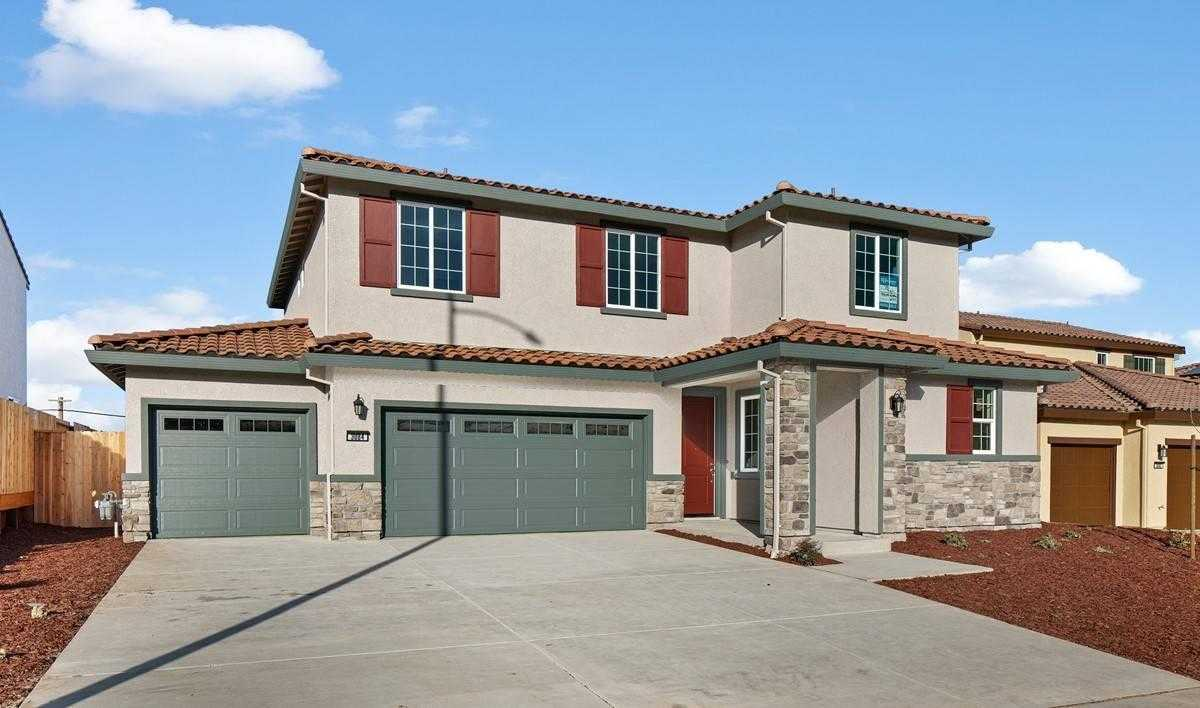 $803,760 - 4Br/3Ba -  for Sale in Hollister