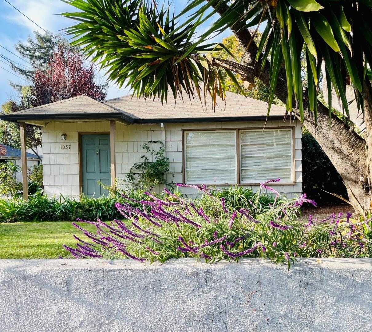 $5,498,000 - 7Br/4Ba -  for Sale in Palo Alto