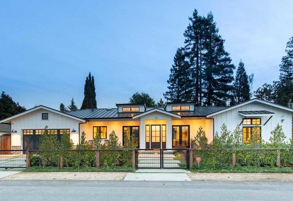 $5,585,000 - 4Br/4Ba -  for Sale in Los Altos
