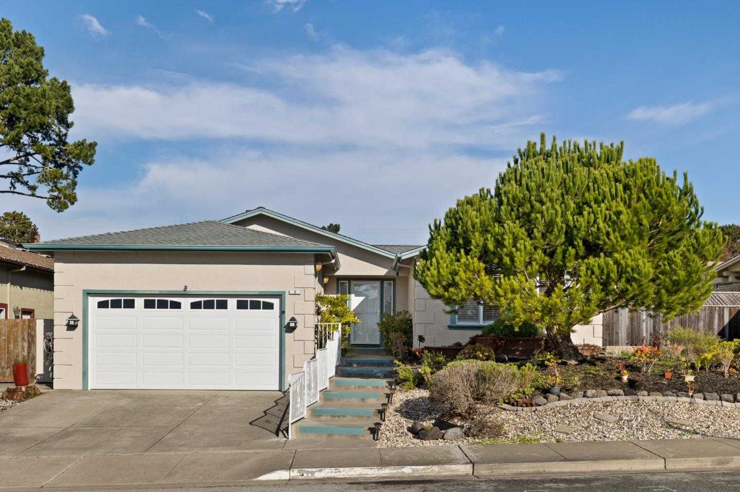 $1,399,000 - 4Br/3Ba -  for Sale in Pacifica