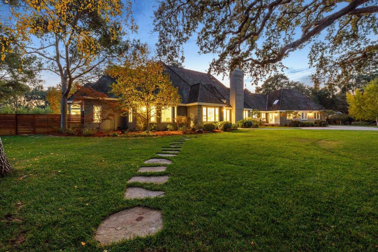 $6,650,000 - 5Br/4Ba -  for Sale in Atherton