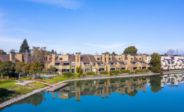 $999,000 - 2Br/2Ba -  for Sale in Redwood Shores