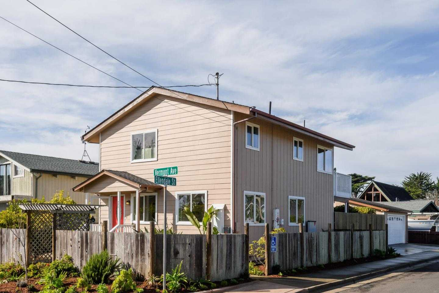 $999,000 - 3Br/2Ba -  for Sale in Moss Beach