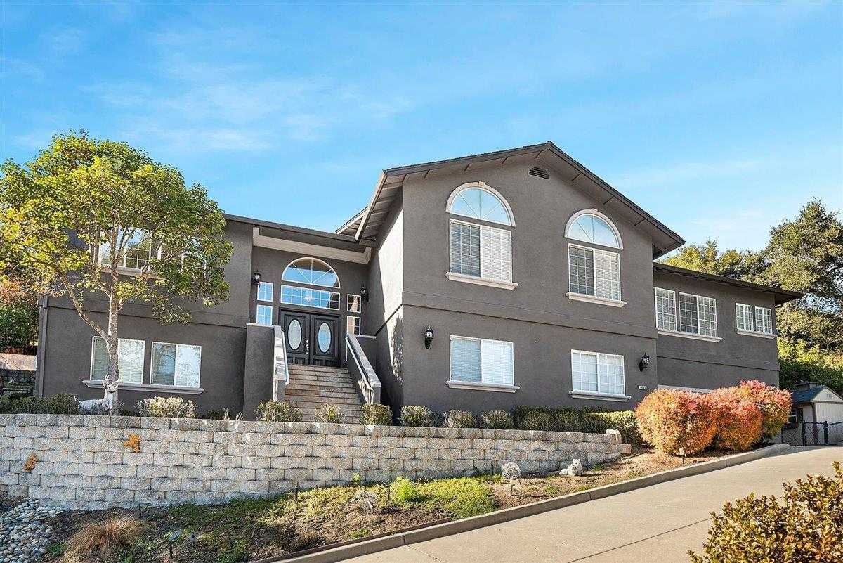 $1,549,900 - 4Br/3Ba -  for Sale in Gilroy