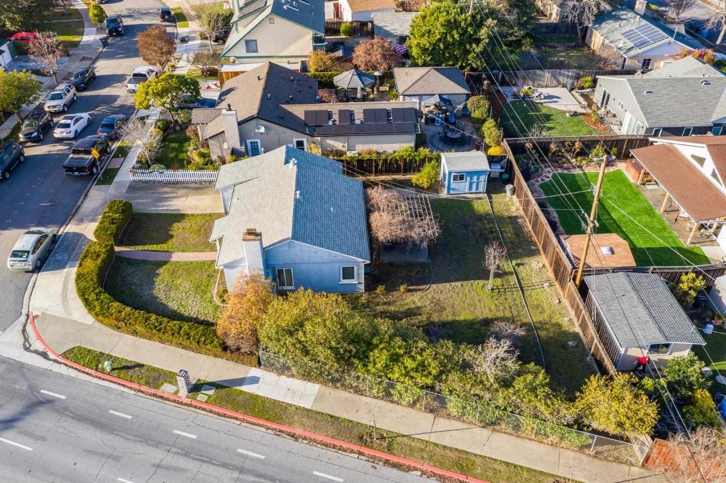 $1,158,000 - 2Br/1Ba -  for Sale in Redwood City
