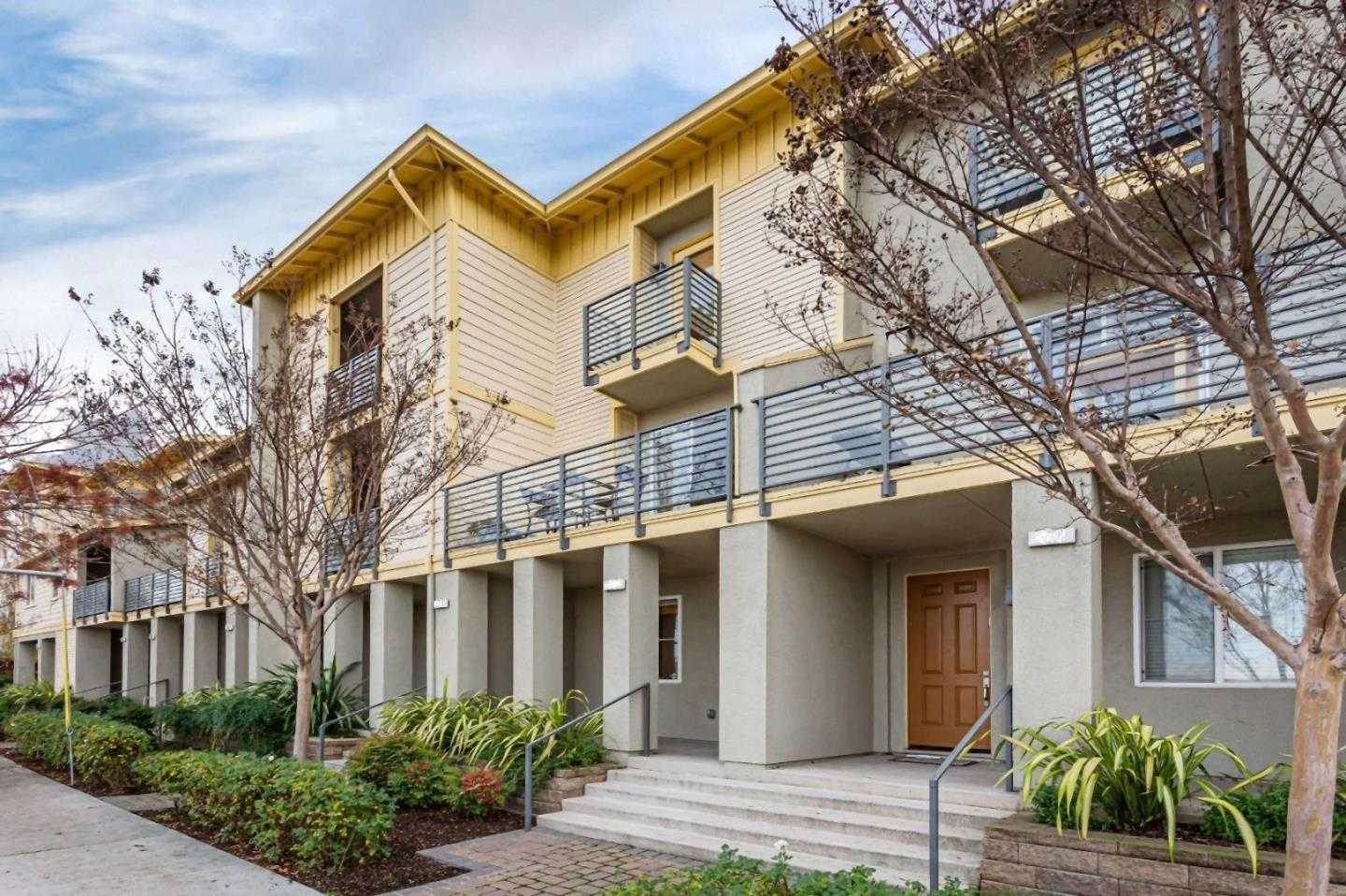 $850,000 - 3Br/3Ba -  for Sale in San Jose