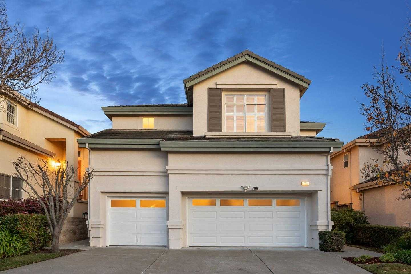 $1,590,000 - 6Br/3Ba -  for Sale in South San Francisco