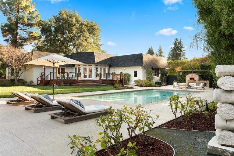 $8,995,000 - 5Br/5Ba -  for Sale in Atherton
