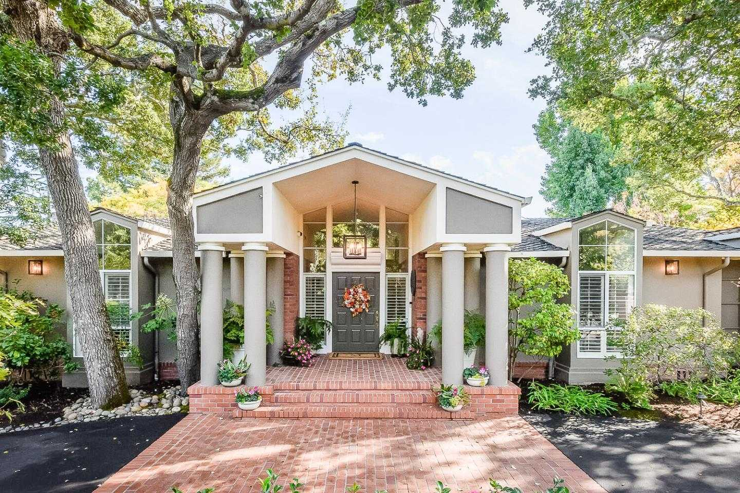 $6,988,000 - 5Br/5Ba -  for Sale in Hillsborough