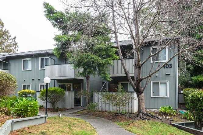 Photo of  405 Piccadilly Pl Apt 23