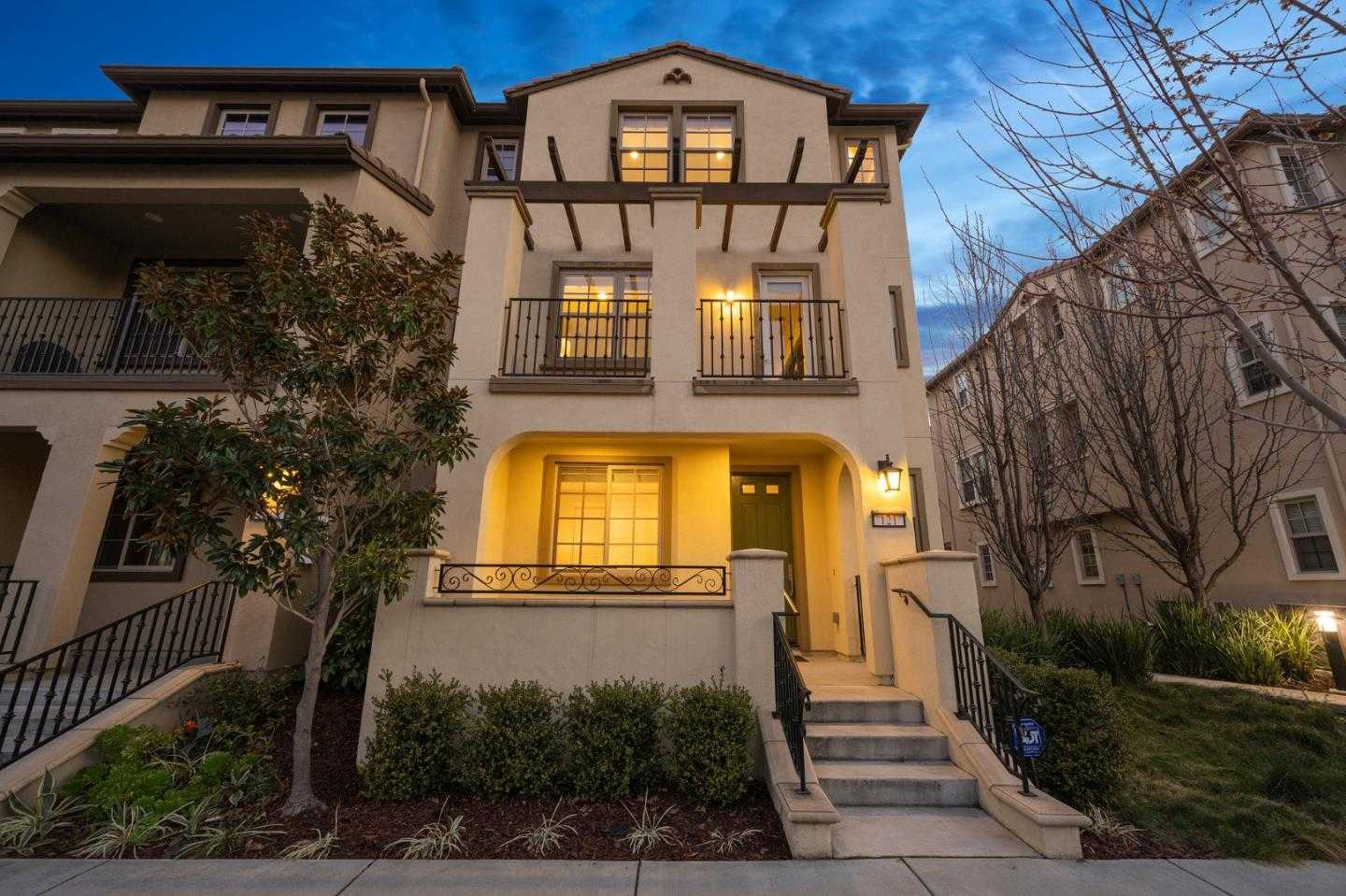 $1,850,000 - 4Br/4Ba -  for Sale in Mountain View