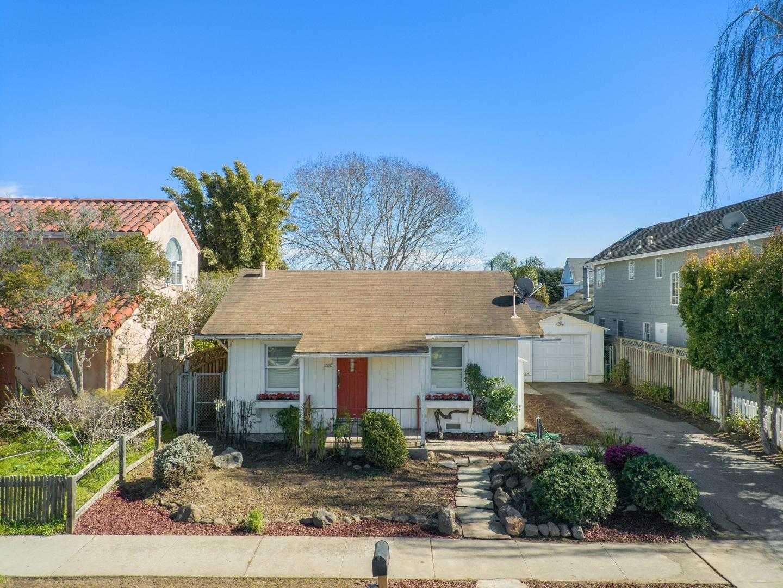 $935,000 - 1Br/1Ba -  for Sale in Santa Cruz