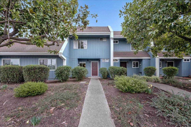 $625,000 - 3Br/2Ba -  for Sale in Santa Cruz