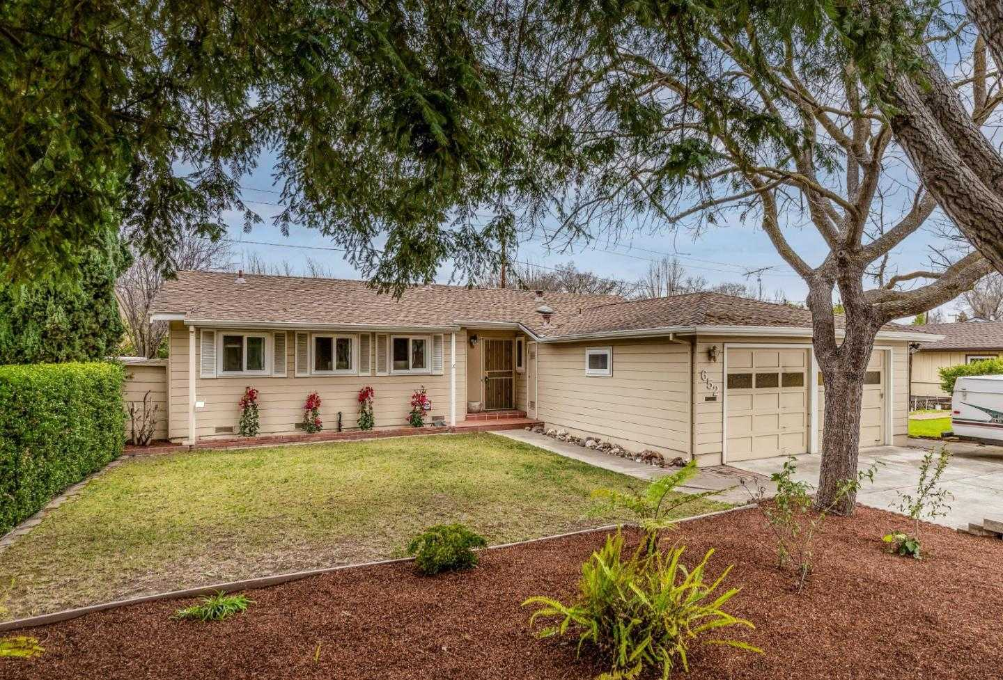 $1,888,000 - 3Br/2Ba -  for Sale in Mountain View