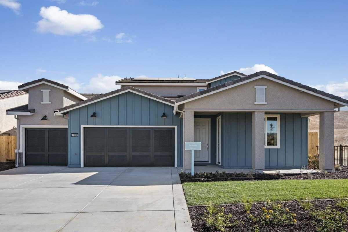 $990,147 - 5Br/4Ba -  for Sale in Hollister