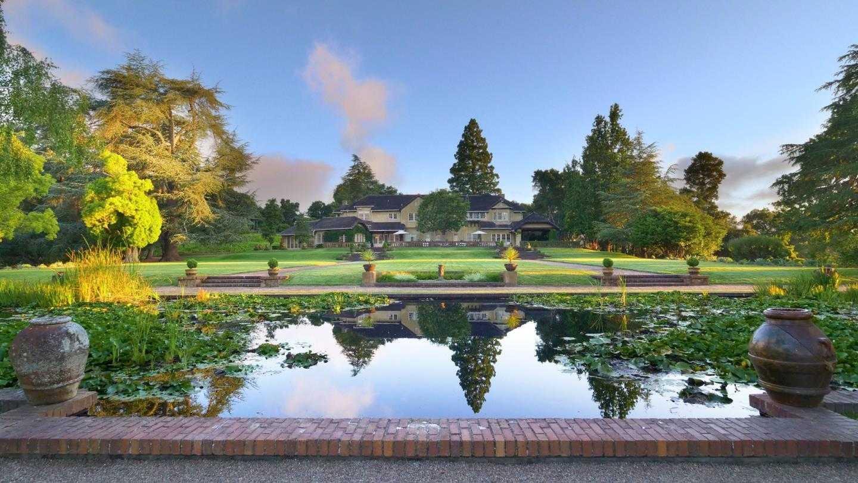 $135,000,000 - 34Br/26Ba -  for Sale in Woodside