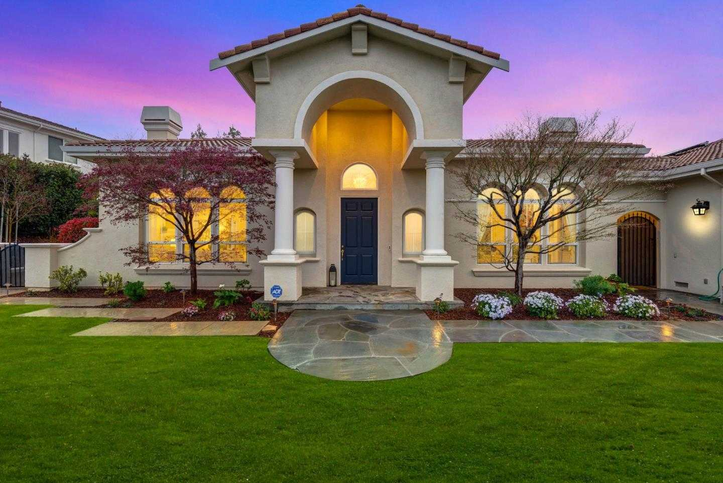 $2,388,888 - 4Br/4Ba -  for Sale in San Jose