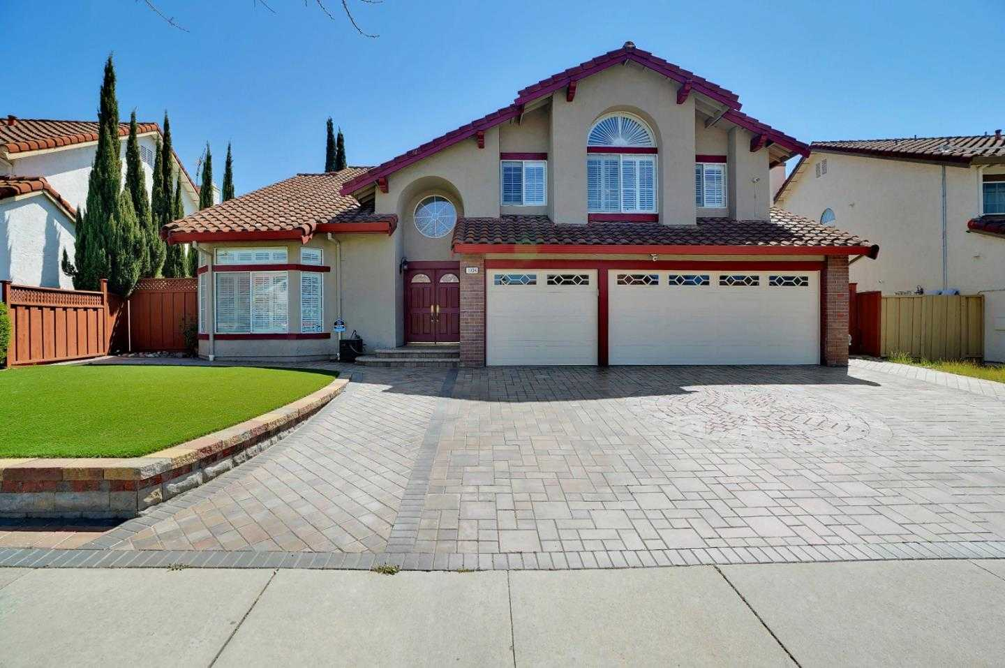 $2,500,000 - 4Br/3Ba -  for Sale in Milpitas