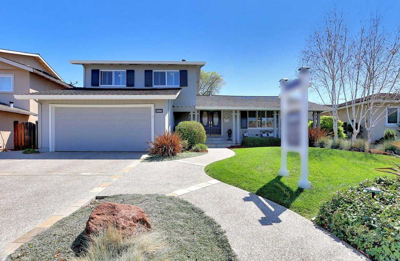 $1,799,000 - 3Br/3Ba -  for Sale in San Jose