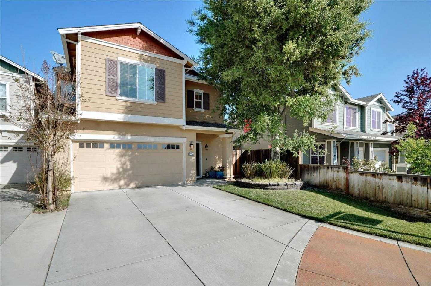 $865,000 - 4Br/3Ba -  for Sale in Morgan Hill