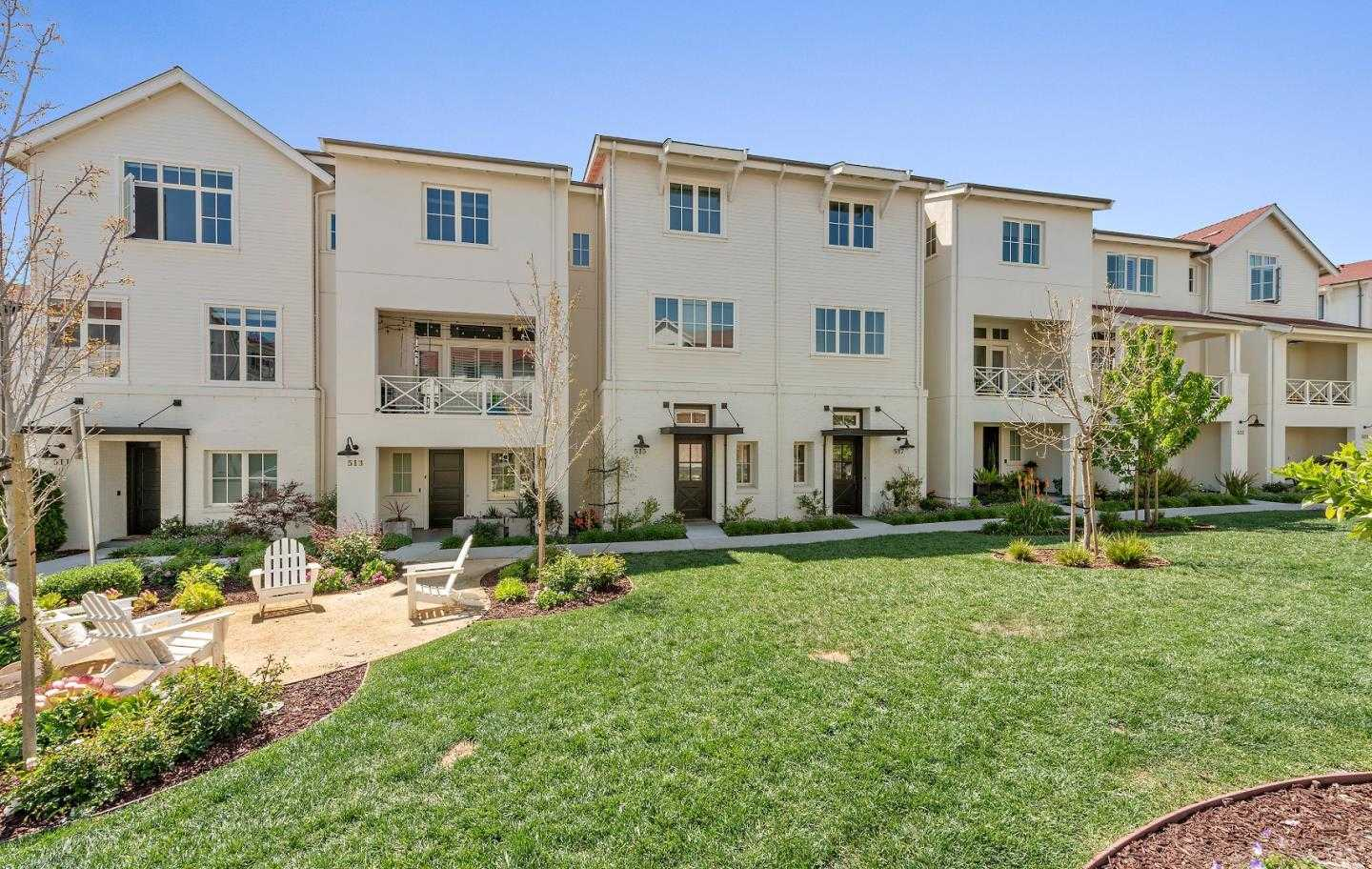 $1,350,000 - 3Br/3Ba -  for Sale in Campbell