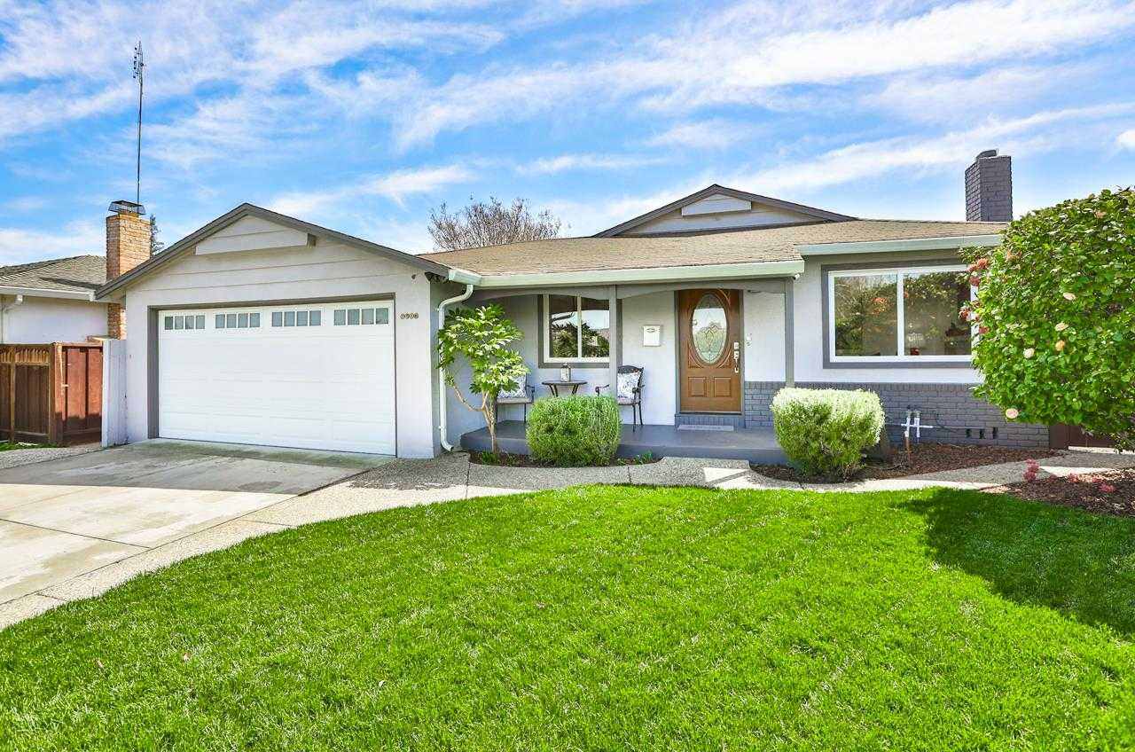 $1,999,000 - 3Br/2Ba -  for Sale in Cupertino