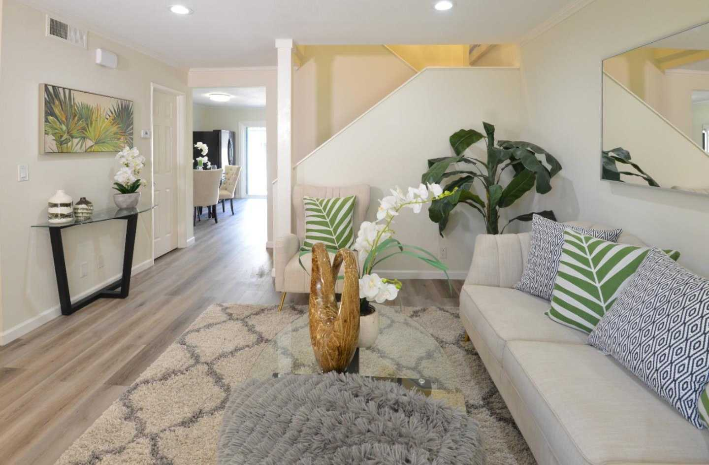 $899,900 - 2Br/3Ba -  for Sale in San Jose