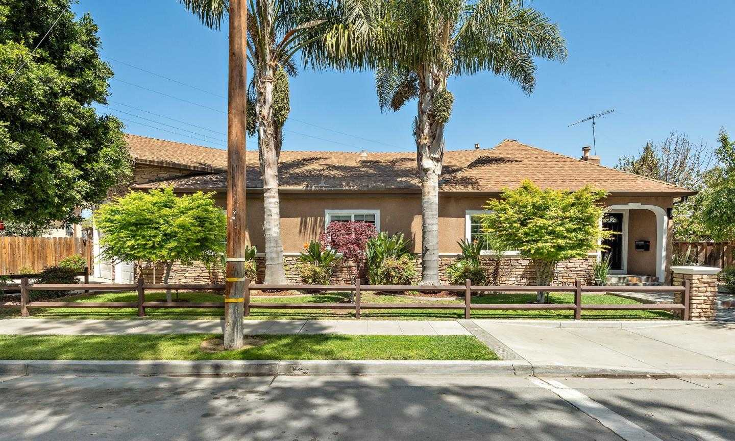 $1,699,000 - 3Br/3Ba -  for Sale in San Jose