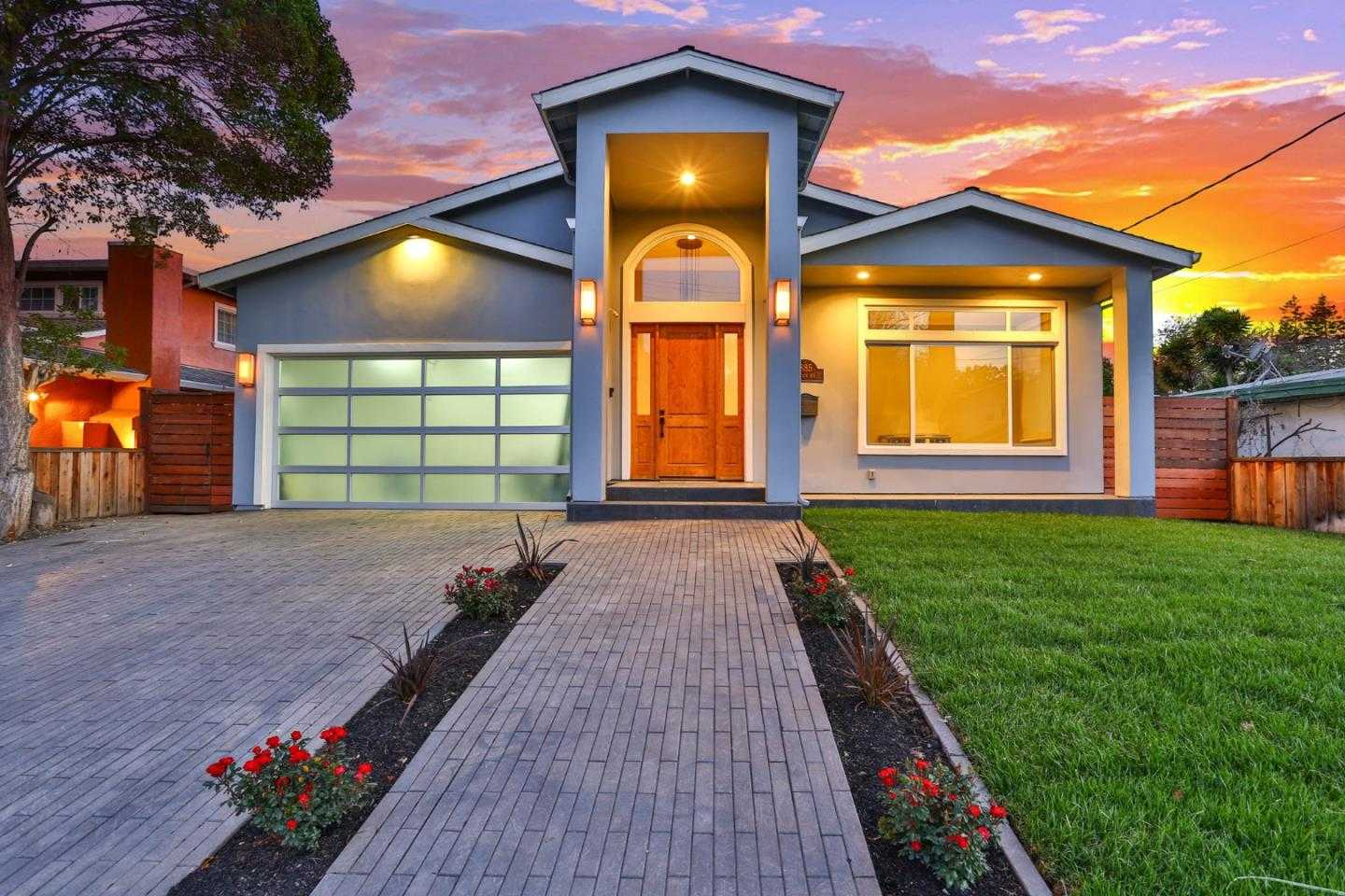 $2,699,000 - 4Br/4Ba -  for Sale in Mountain View