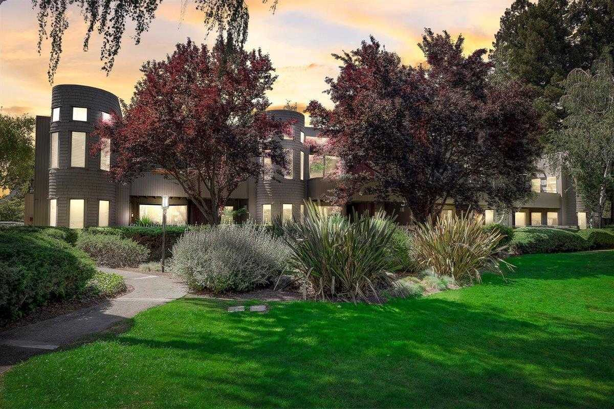 $1,049,000 - 2Br/2Ba -  for Sale in Mountain View