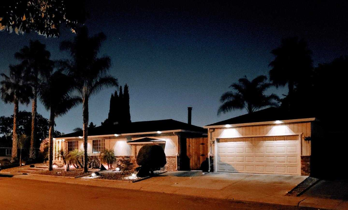 $1,695,000 - 4Br/2Ba -  for Sale in San Jose