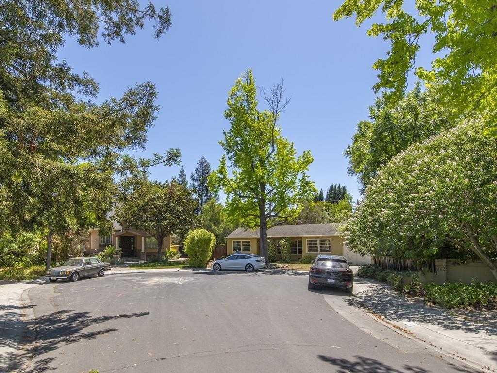 $3,149,000 - 2Br/1Ba -  for Sale in Palo Alto