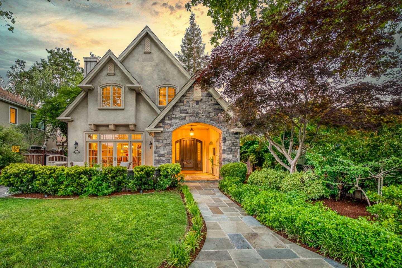 $16,680,000 - 4Br/4Ba -  for Sale in Palo Alto