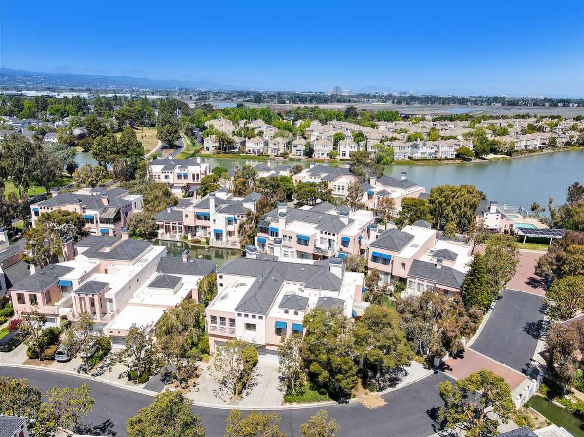 $1,500,000 - 2Br/2Ba -  for Sale in Redwood Shores