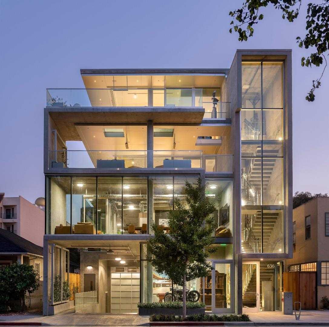 $30,000,000 - 5Br/7Ba -  for Sale in Palo Alto
