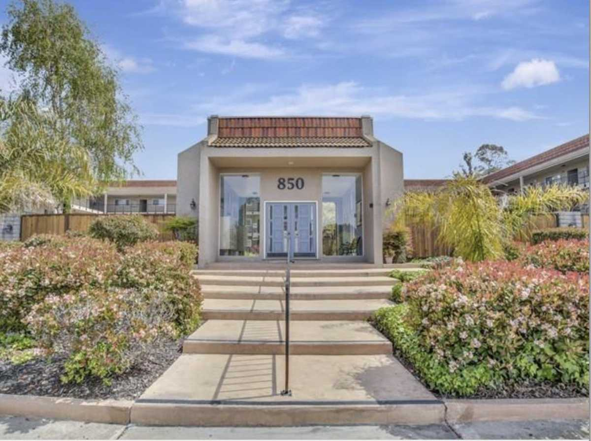 $999,000 - 2Br/2Ba -  for Sale in Capitola