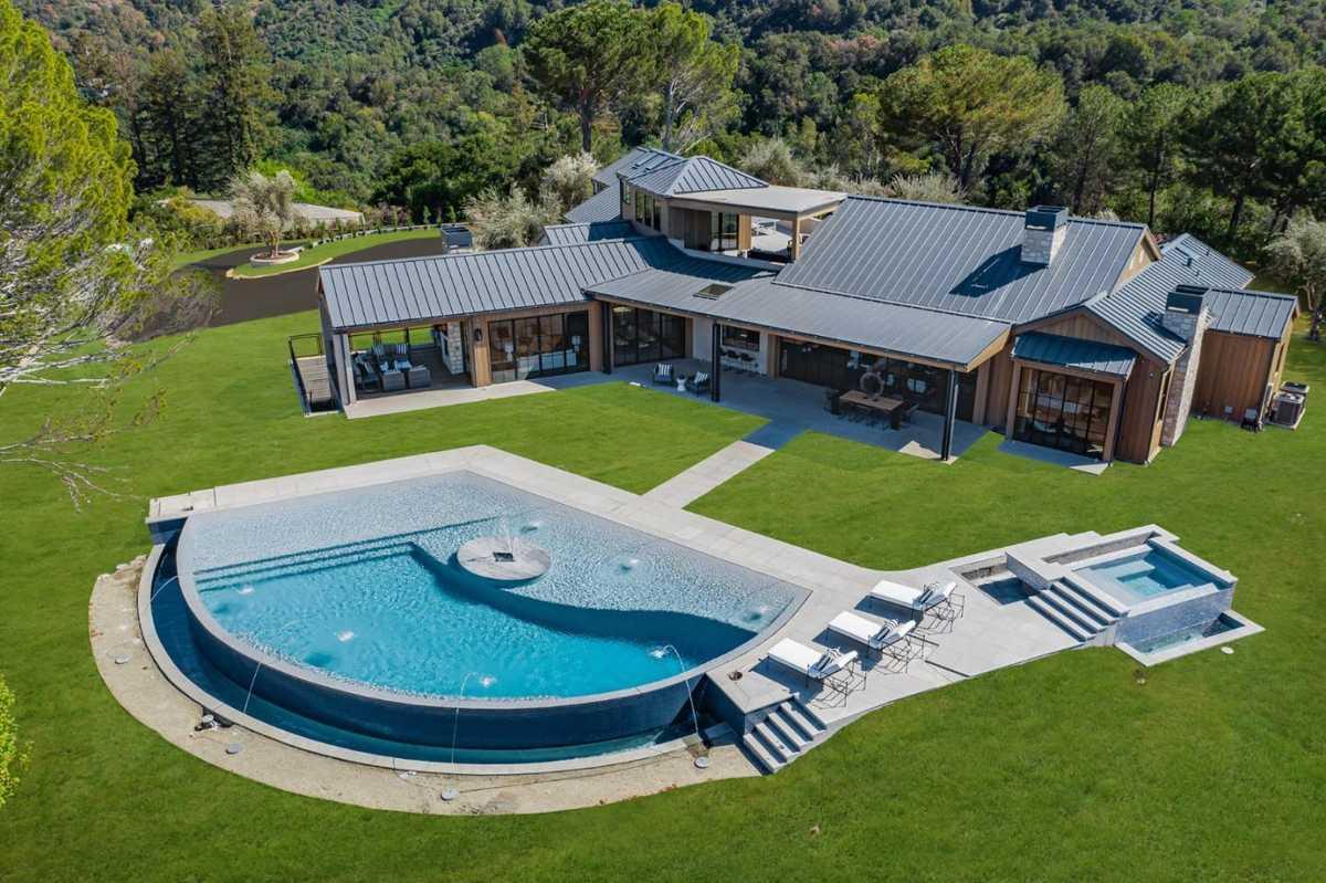 $22,000,000 - 6Br/9Ba -  for Sale in Los Altos Hills