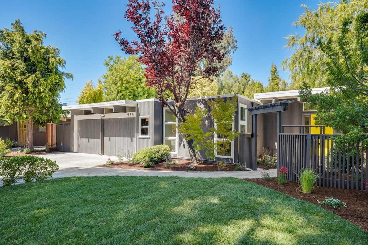$3,250,000 - 4Br/3Ba -  for Sale in Palo Alto