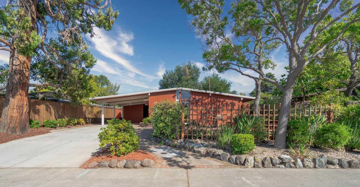 $2,598,000 - 5Br/2Ba -  for Sale in Palo Alto