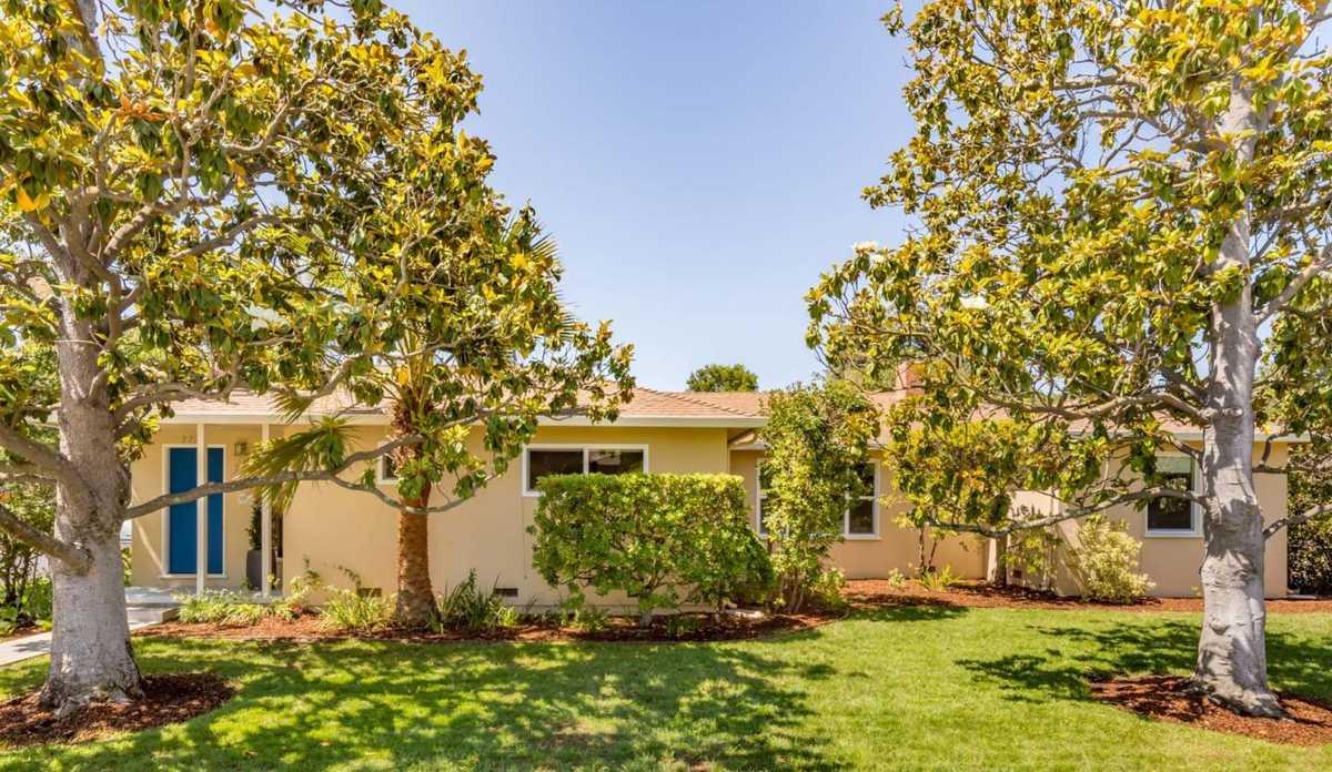 $3,188,000 - 4Br/3Ba -  for Sale in Palo Alto